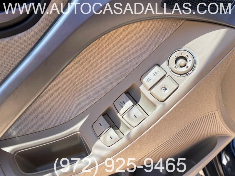 Hyundai Elantra 2013 price $9,888