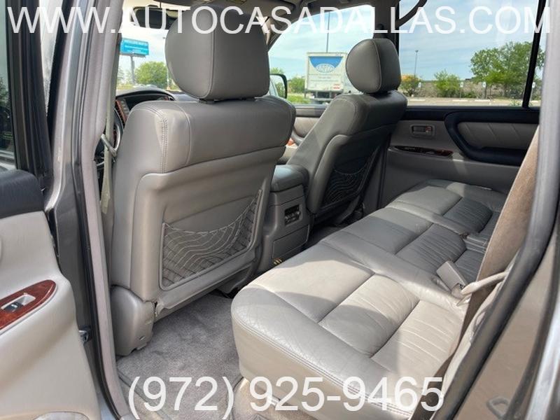 Toyota Land Cruiser 2005 price $20,988
