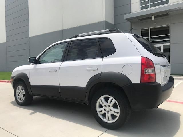 Hyundai Tucson 2006 price $4,290