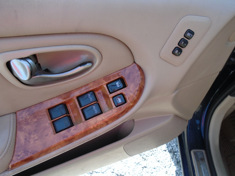 Infiniti I35 @CASH ONLY 2002 price $2,995
