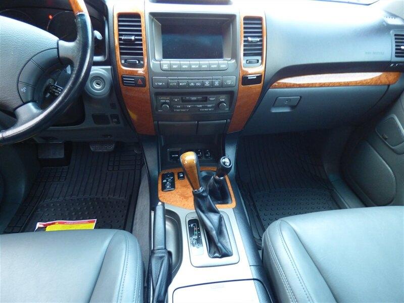 Lexus GX 2004 price $24,995