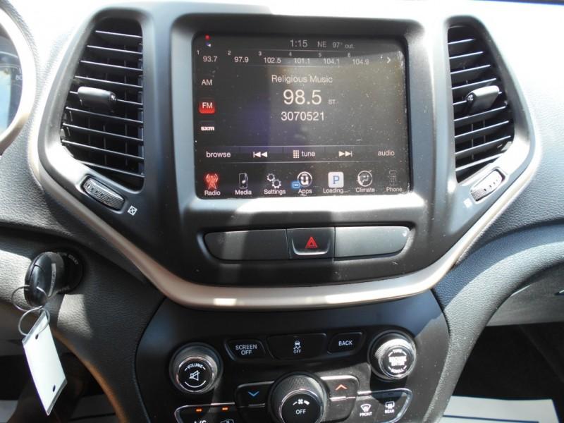 Jeep Cherokee 2015 price $16,999