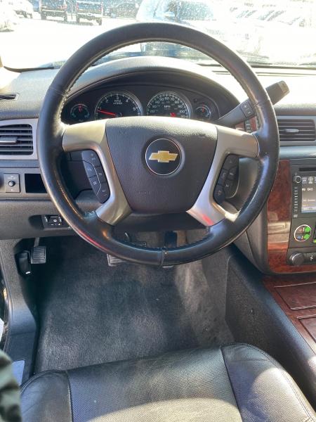 Chevrolet Suburban 2013 price $20,950