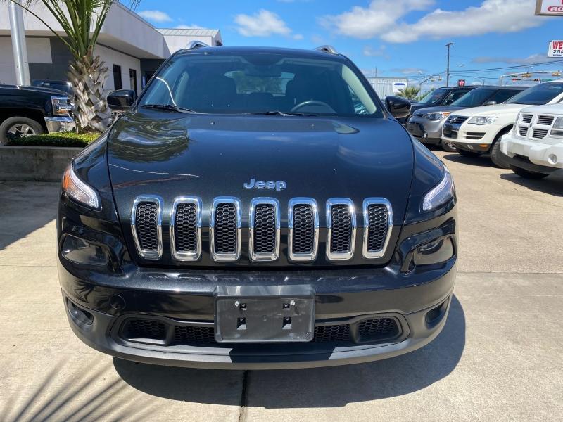 Jeep Cherokee 2015 price $15,999