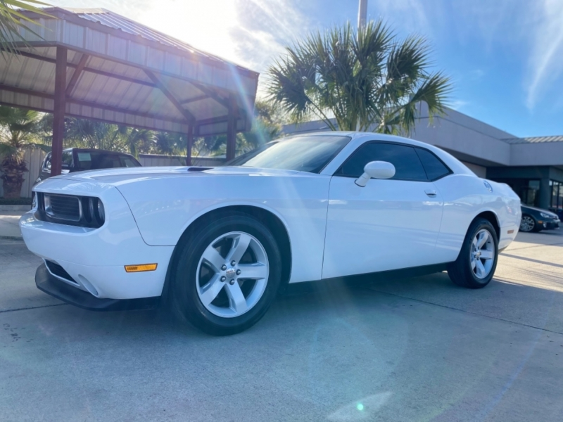 Dodge Challenger 2013 price $13,486