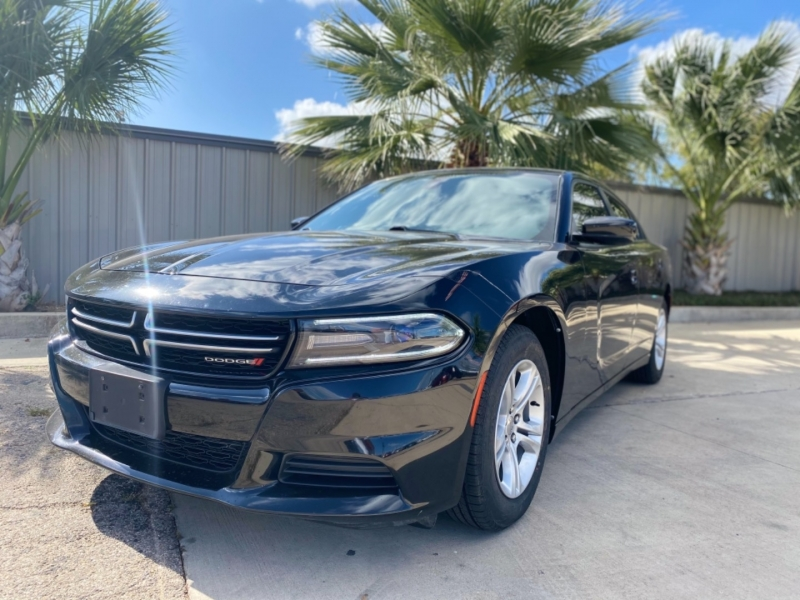 Dodge Charger 2016 price $18,999