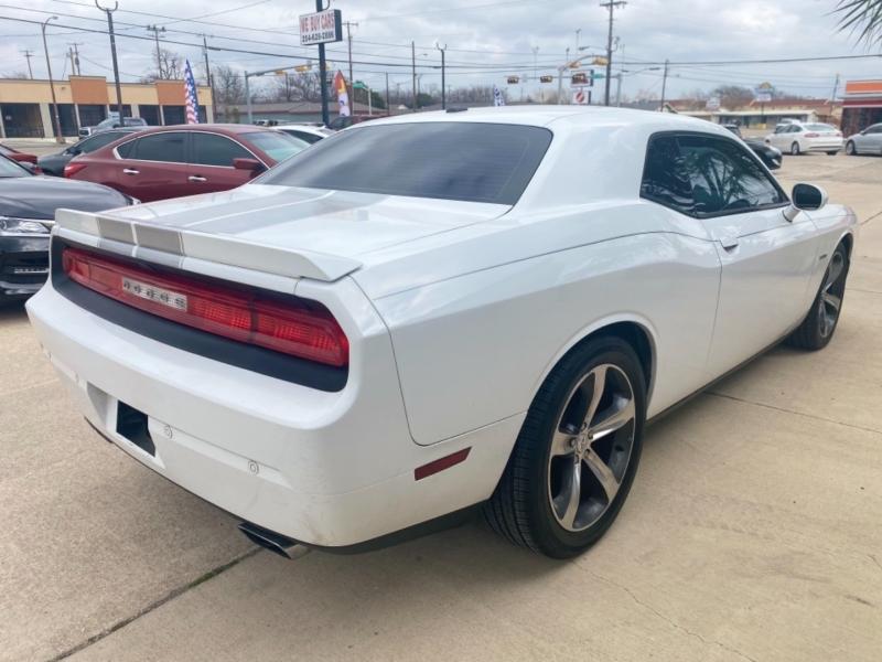 Dodge Challenger 2014 price $21,999