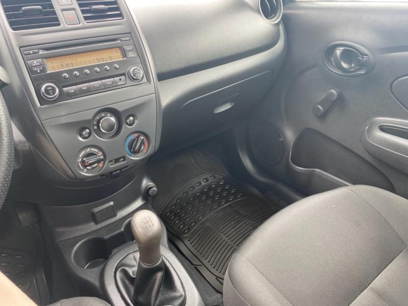 Nissan Versa Sedan 2017 price $12,999