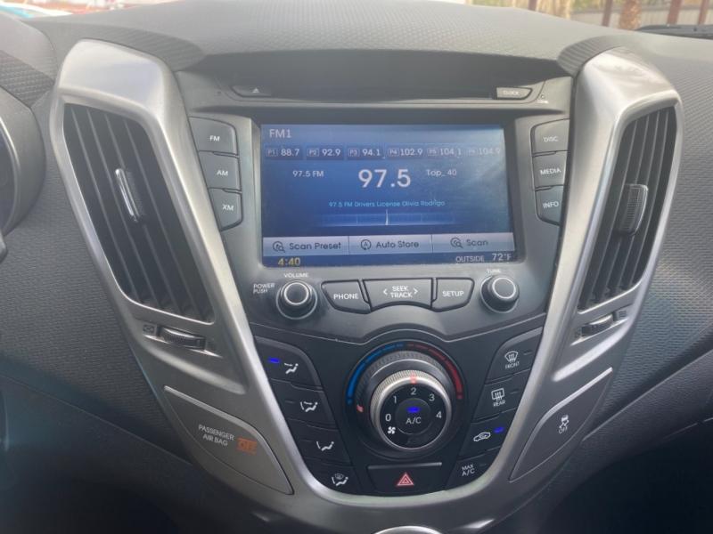 Hyundai Veloster 2016 price $12,750