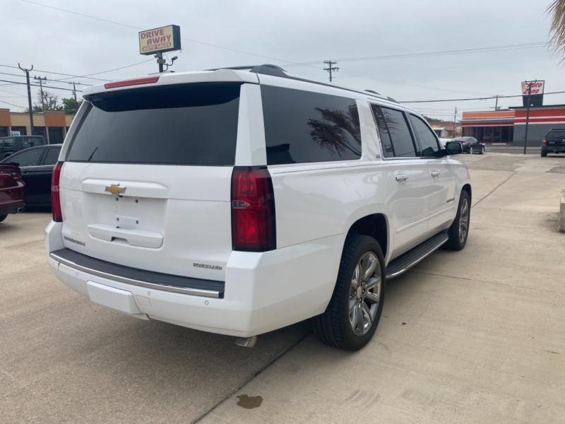 Chevrolet Suburban 2015 price $33,995