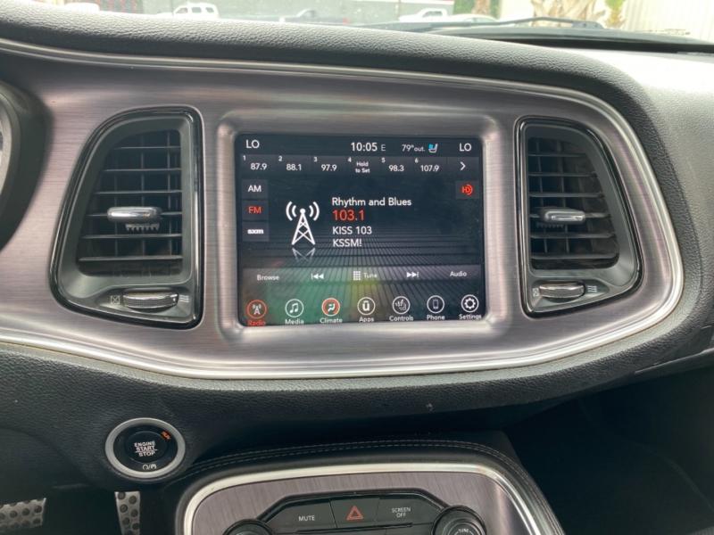 Dodge Challenger 2017 price $25,995