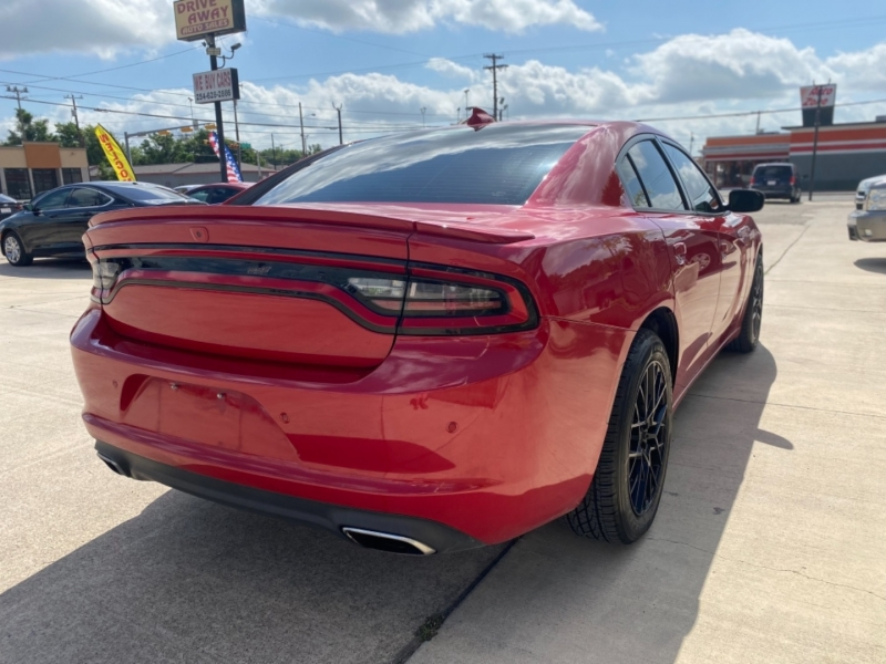 Dodge Charger 2015 price $27,999