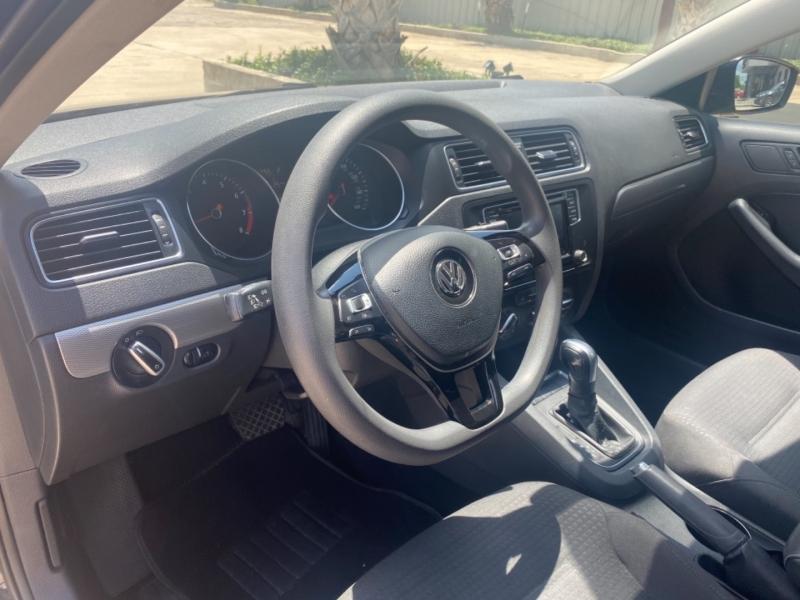 Volkswagen Jetta Sedan 2016 price $14,999