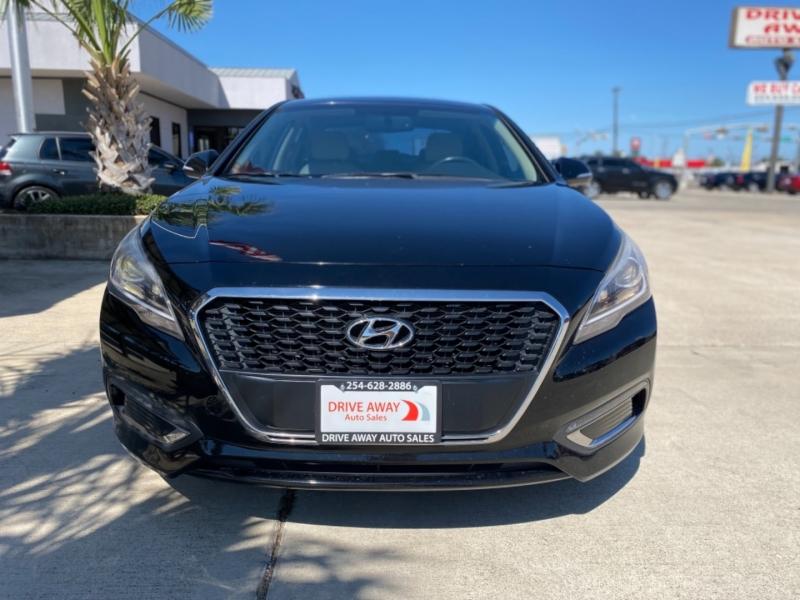 Hyundai Sonata Hybrid 2016 price $19,999