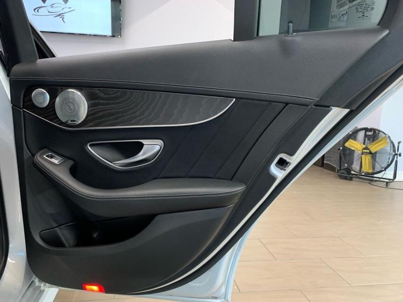 Mercedes-Benz C-Class 2015 price $23,000
