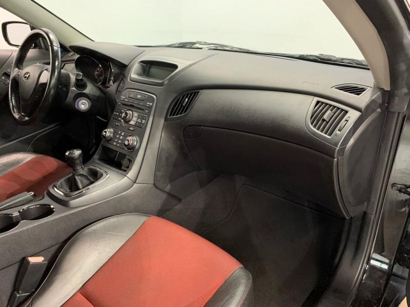 Hyundai Genesis Coupe 2011 price $10,495