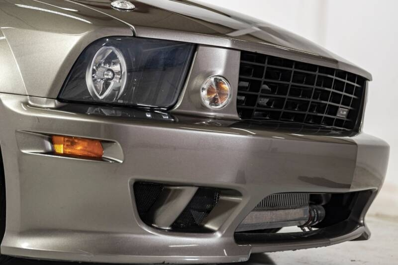 Ford Mustang 2005 price $23,995