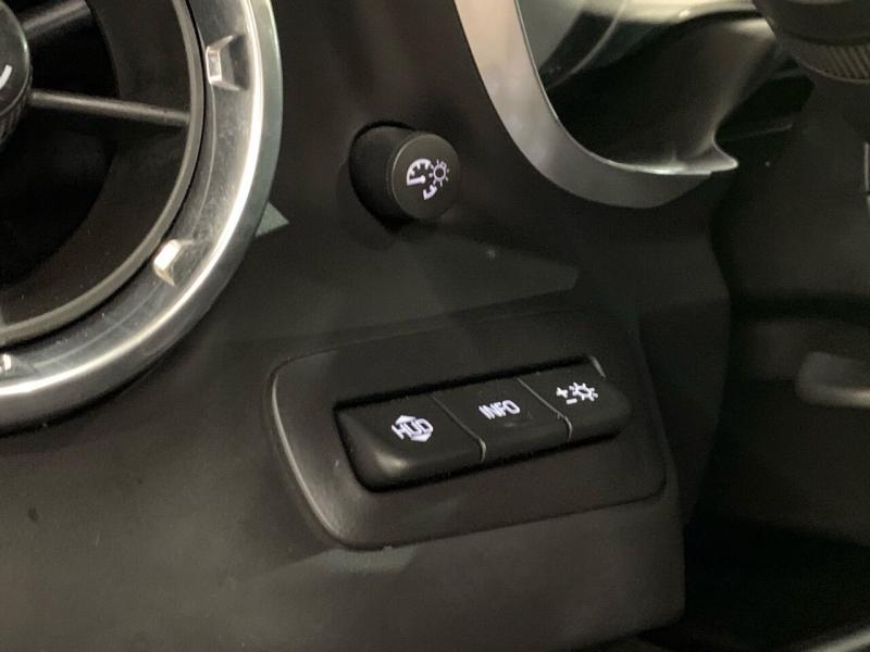 Chevrolet Camaro 2016 price $33,995