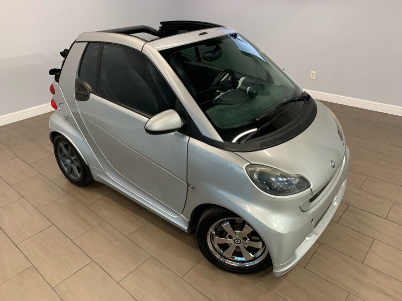 Smart fortwo 2011 price $6,250