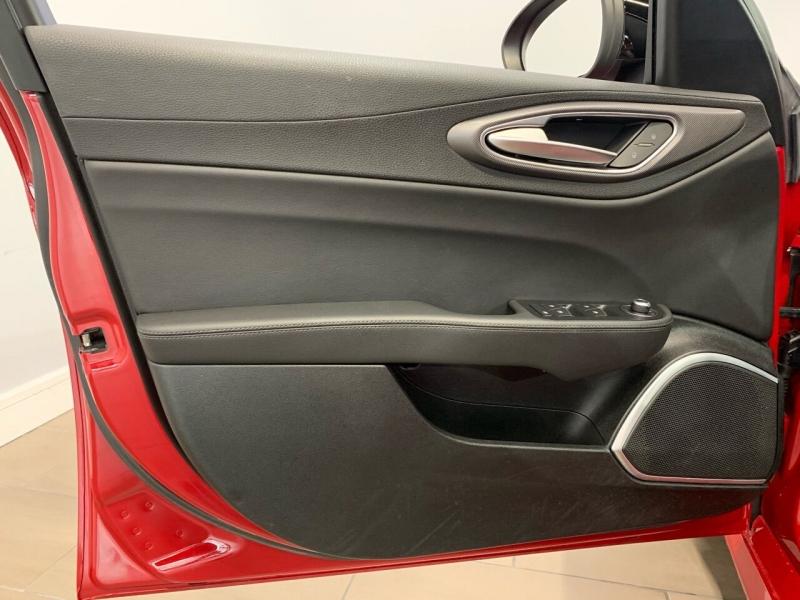 Alfa Romeo Giulia 2017 price