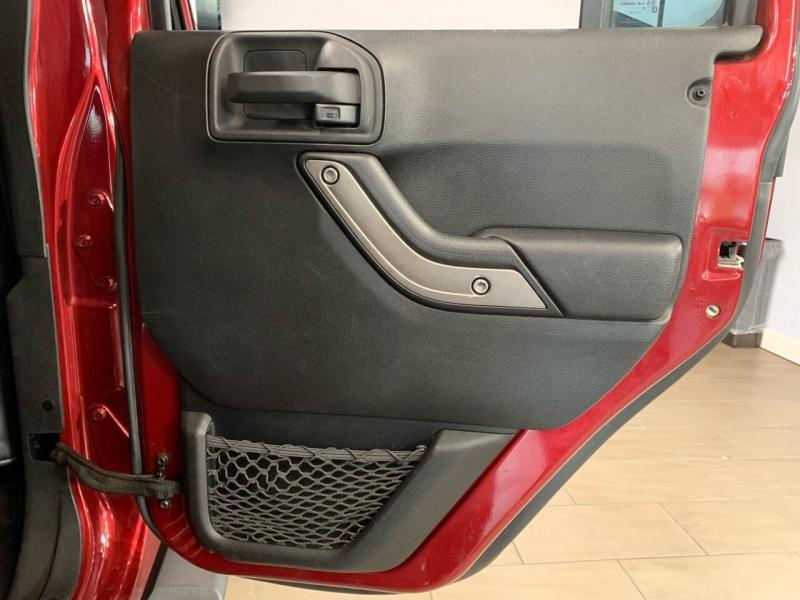 Jeep Wrangler Unlimited 2011 price $26,995