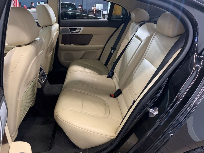 Jaguar XF 2015 price $16,995
