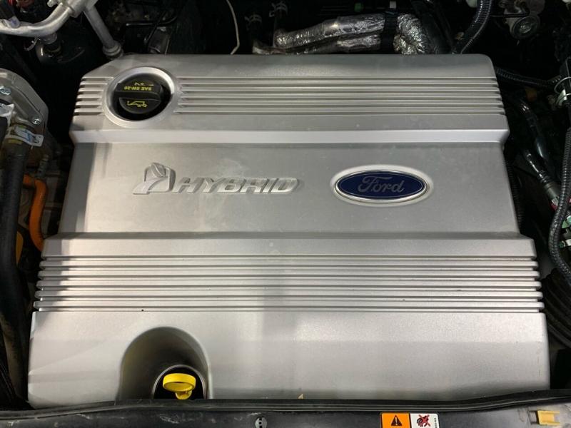 Ford Escape Hybrid 2006 price $5,995