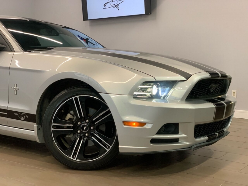 Ford Mustang 2014 price $13,995