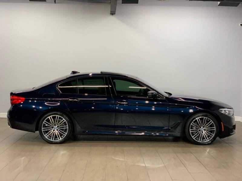 BMW 5 Series 2018 price $35,995