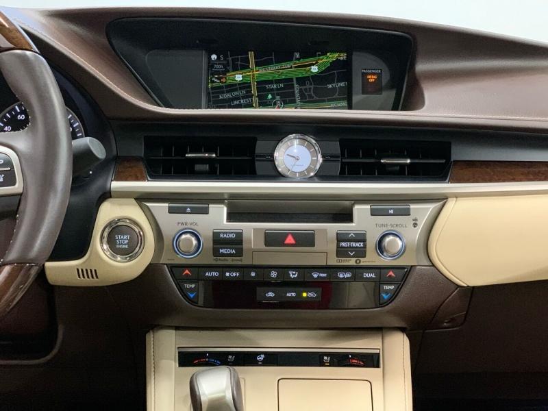 Lexus ES 350 2017 price $25,495