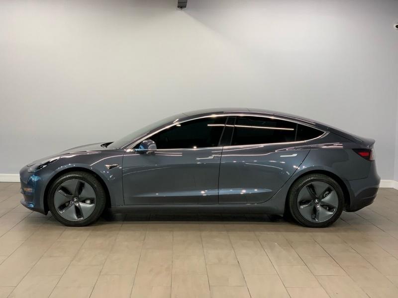 Tesla Model 3 2019 price $43,995