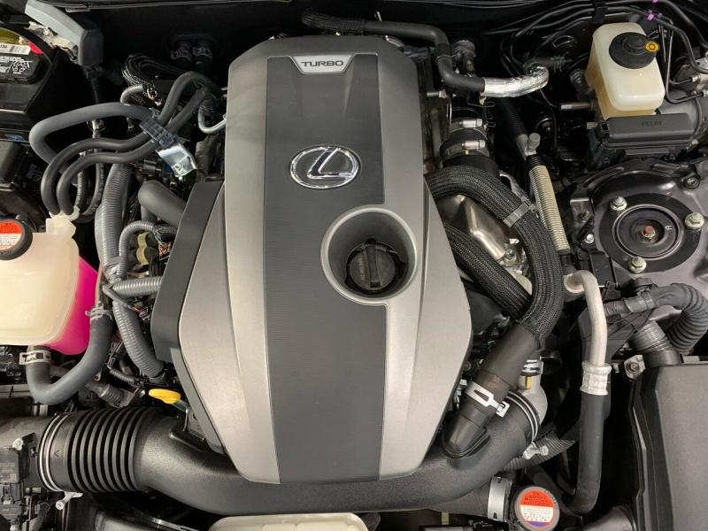 Lexus IS 200t 2016 price $22,495