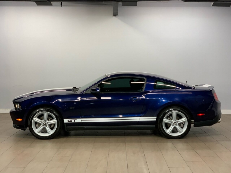 Ford Mustang 2010 price $15,495