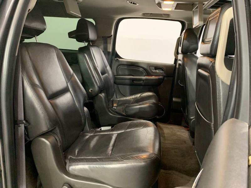 Cadillac Escalade ESV 2011 price $16,495