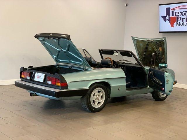 Alfa Romeo Spider 1984 price $12,995