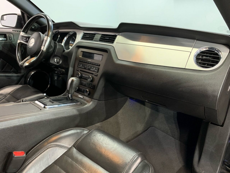 Ford Mustang 2013 price $14,945