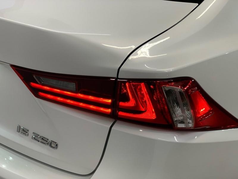Lexus IS 250 2015 price $19,000