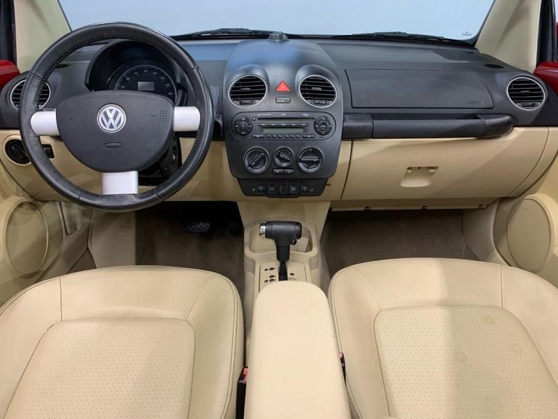 Volkswagen New Beetle Convertible 2008 price $7,995