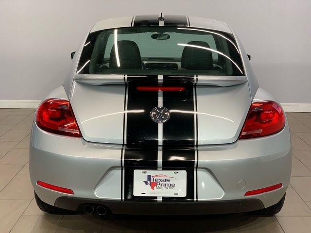 Volkswagen Beetle 2012 price $9,999