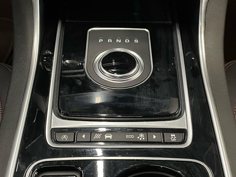 Jaguar XE 2017 price $31,400