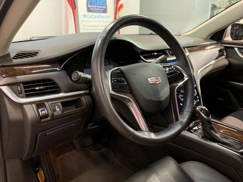 Cadillac XTS 2017 price $19,495
