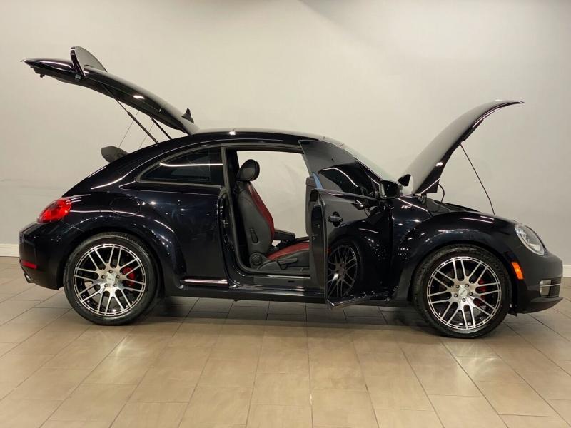 Volkswagen Beetle 2013 price $10,995