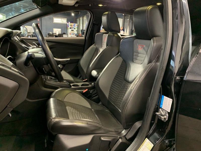Ford Focus 2013 price $11,500