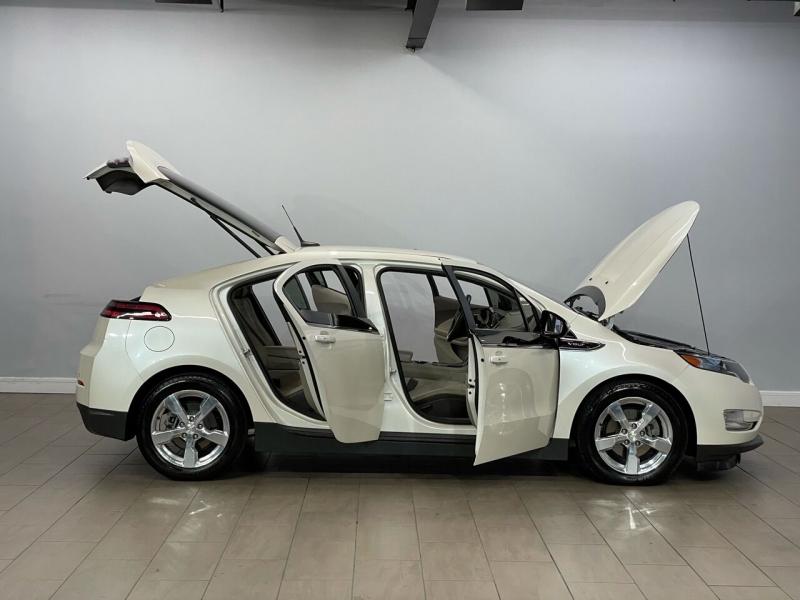 Chevrolet Volt 2014 price $13,800