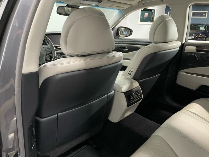 Lexus LS 460 2017 price $35,000