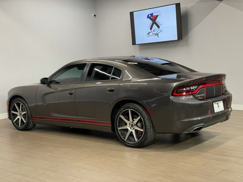Dodge Charger 2015 price $17,500