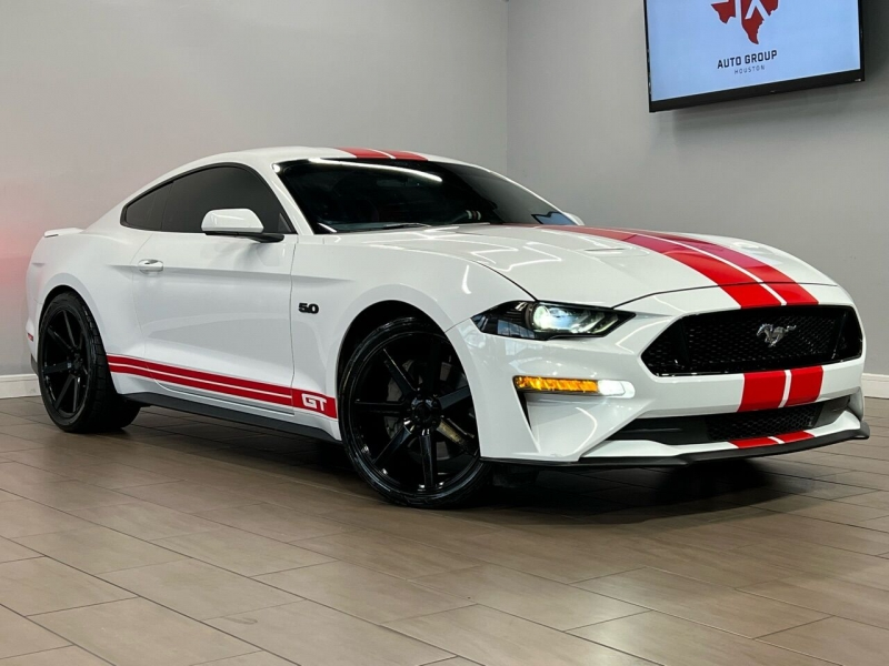 Ford Mustang 2018 price $33,000