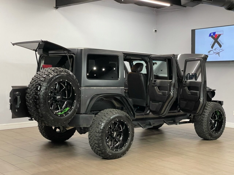 Jeep Wrangler Unlimited 2016 price $26,995