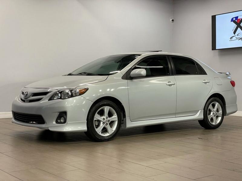 Toyota Corolla 2012 price $7,995