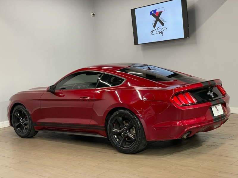 Ford Mustang 2016 price $14,995